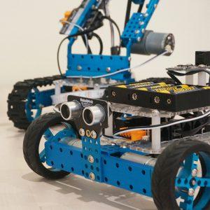 Robotics_900x900p